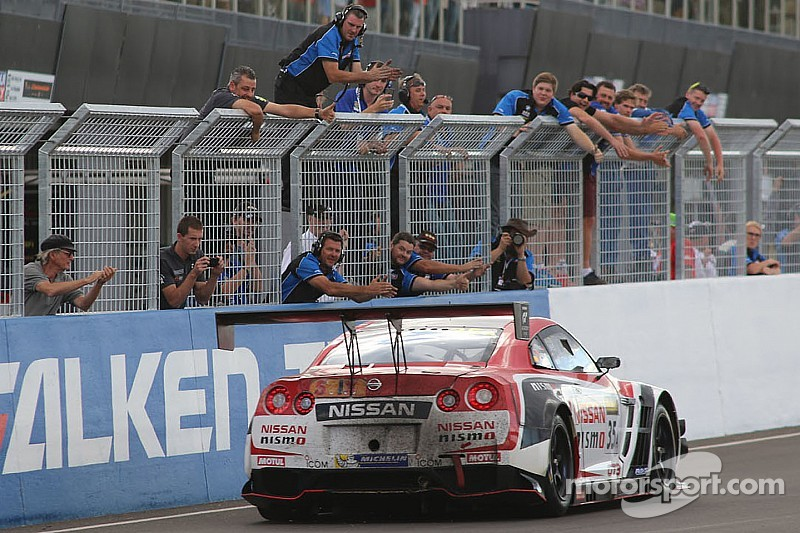 Nissan wins Bathurst 12 Hours with final restart assault