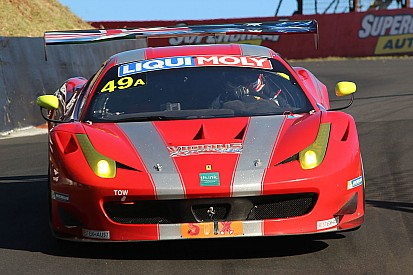 Bathurst 12 Hours: Montermini, Simonsen and Loberto from last to second
