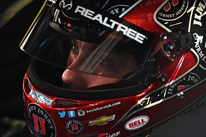 Seeing red: Logano and Harvick agree to disagree in Sprint Unlimited, Danica not happy