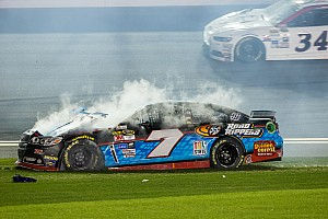 NASCAR Cup Race report Wrecks and riff raff derail Daytona 500 hopes