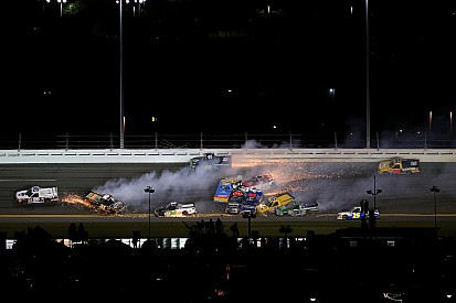 Dirty Dozen: 12 truckers wiped out in Daytona wreck