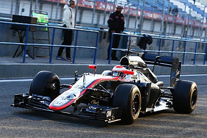 Button no pierde la paciencia con McLaren