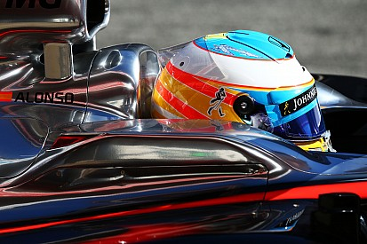 Alonso could stay in hospital for second night