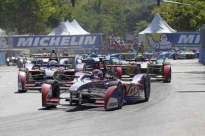 Eight manufacturers to enter FIA Formula E from second season