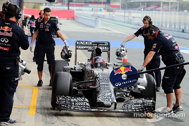Kvyat y Red Bull pasan problemas en la jornada