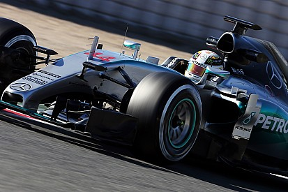 Hamilton sends another message to Mercedes' rivals in Barcelona