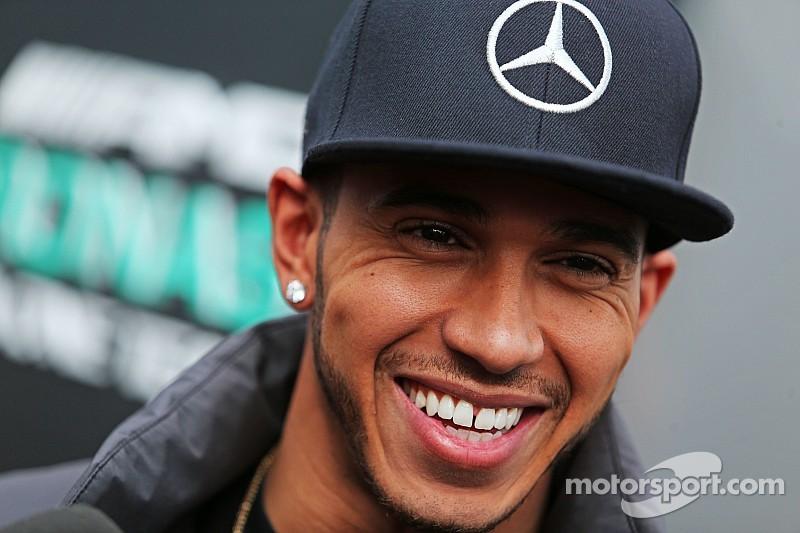 Lewis Hamilton satisfecho con Mercedes