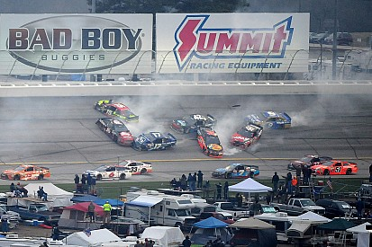 NASCAR red flags Cup race after big wreck