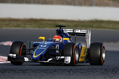 Felipe Nasr aims to score points on Formula One debut
