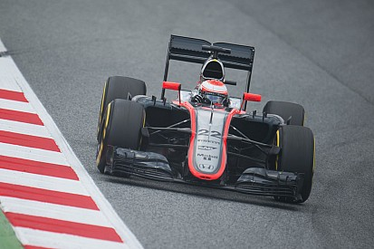 Current McLaren F1 car to hit iRacing this summer