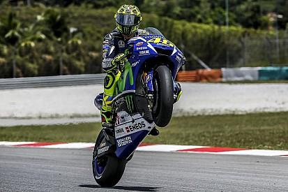 Росси лидирует на тестах MotoGP в Малайзии