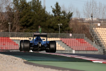 В Барселоне стартовали финальные тесты Формулы 1