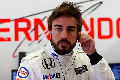 Brundle says Alonso crash saga 'very strange'