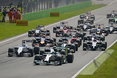 Ecclestone still pushing low-cost package