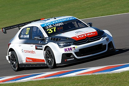 Lopez takes WTCC season opener in Citroen 1-2-3