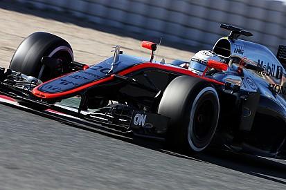 """Brundle says McLaren in """"terrible trouble"""""""