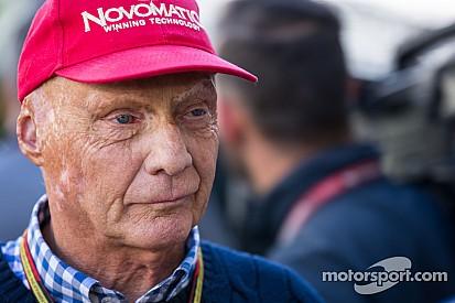 Лауда: Mercedes придется считаться с Williams в этом году