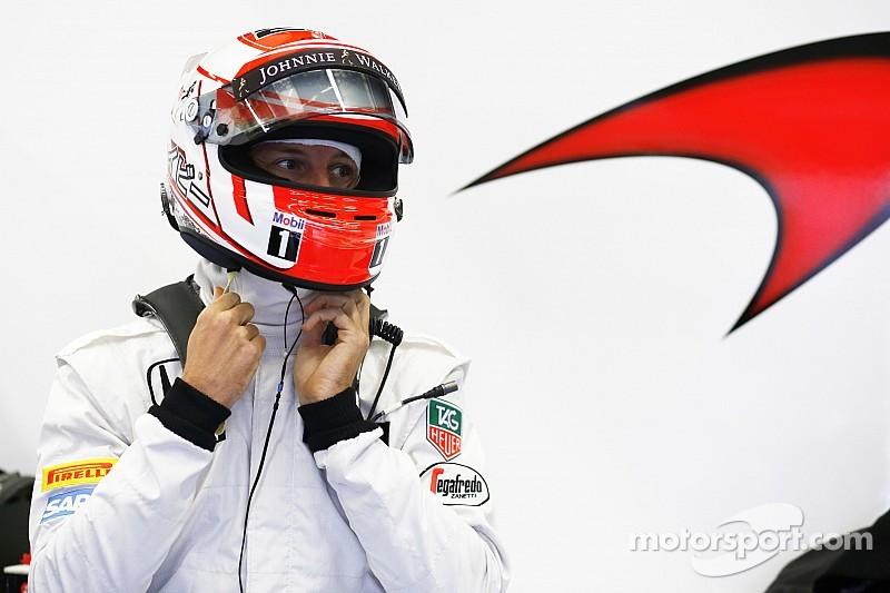 Es una pena que Alonso no pueda correr en Australia: Button