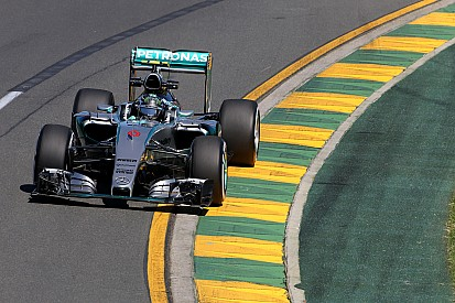 Rosberg stays on top in second practice