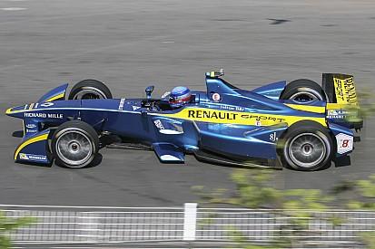Николя Прост выиграл яркую гонку Формулы Е в Майами