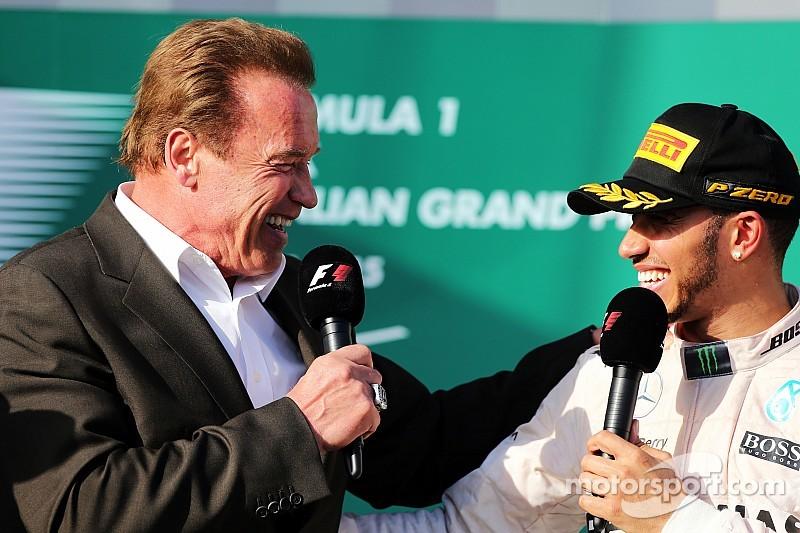 Льюис Хэмилтон выиграл Гран При Австралии