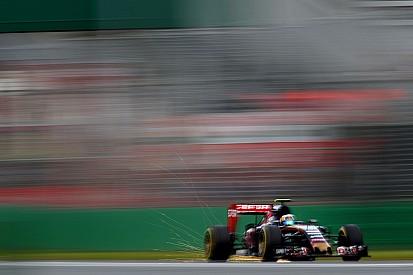 Carlos Sainz Jr. suma puntos en su primer carrera
