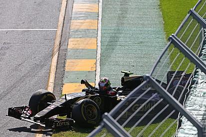 En Lotus, desilusión por el rápido abandono