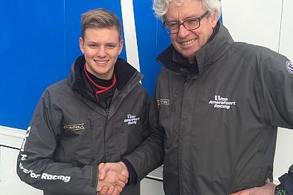 Мик Шумахер начал карьеру в Формуле 4 с аварии