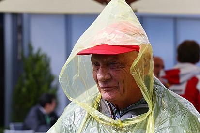 Лауда: Берни не виноват в проблемах Гран При Германии