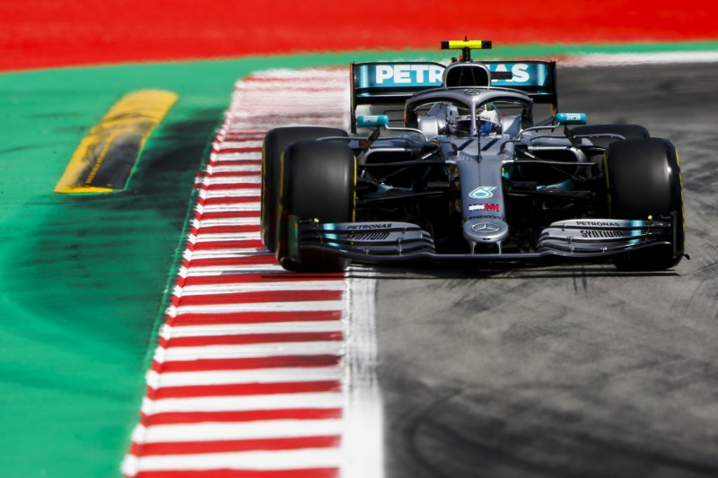 Formel-1-Training Barcelona: Mercedes dominiert am Freitag