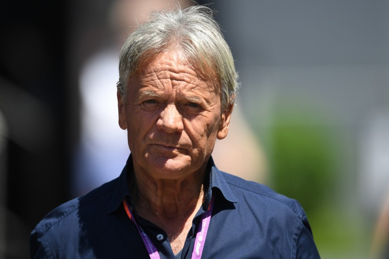 "Marc Surer: ""Ferrari muss unbedingt auf Vettel setzen"""