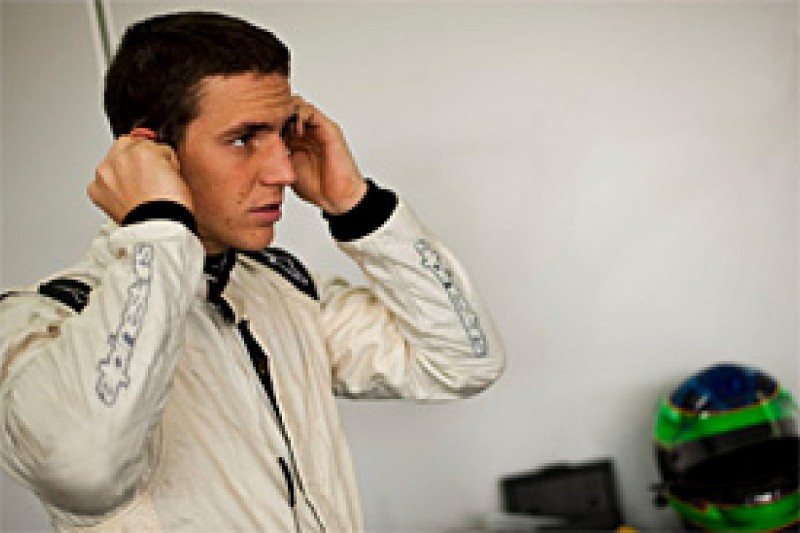 Foresti moves to Carlin for 2010