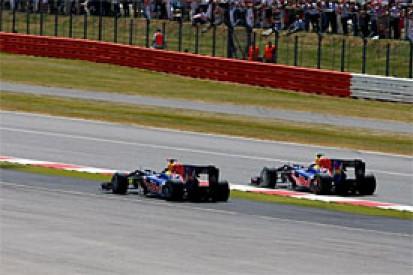 Vettel blames clutch for poor start