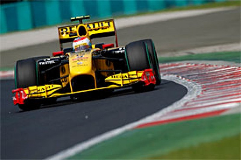 Petrov happy to outqualify Kubica