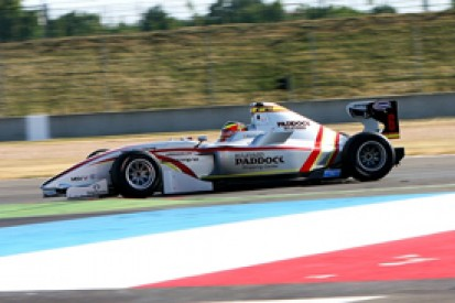 Monras stays on top in France