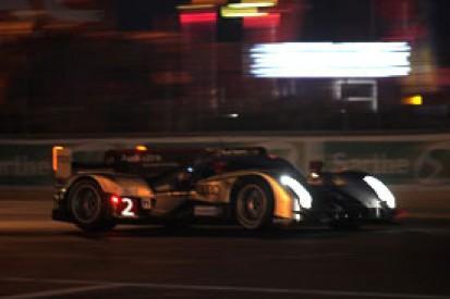 H11: Bourdais hunting leading Audi