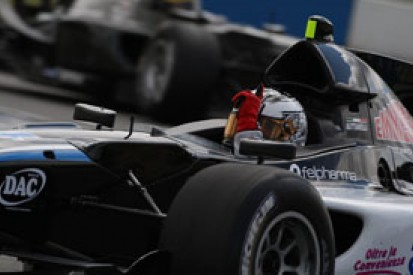 Samuele Buttarelli takes easy win in second Auto GP race at Donington Park