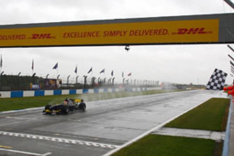 Jon Lancaster charges to Auto GP win at Donington Park