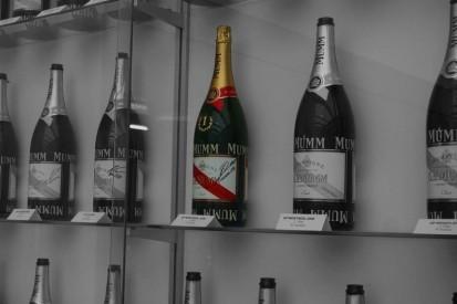 Alfa Romeo lüftet Geheimnis um Kubicas ungeöffnete Champagner-Flasche