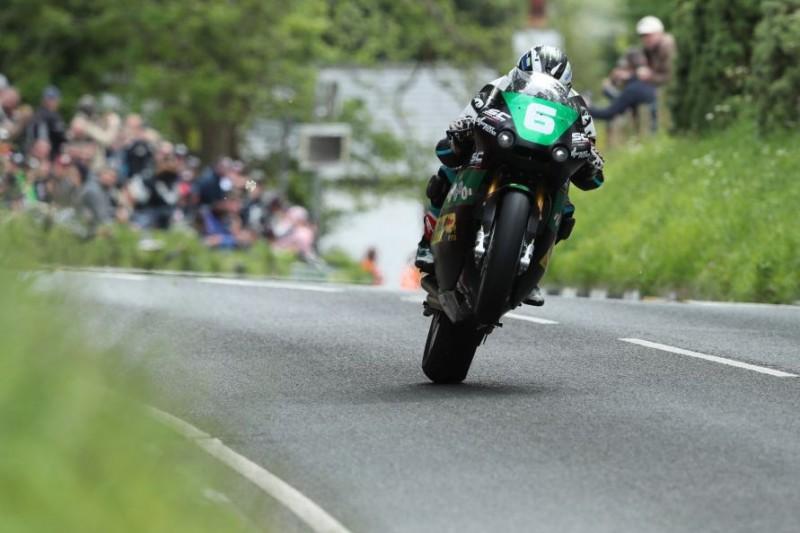 Isle of Man TT 2019: Michael Dunlop gewinnt Lightweight-TT