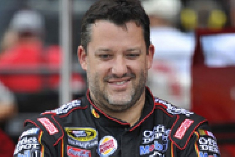 Struggling Tony Stewart not panicking he will lose his place in NASCAR Chase field