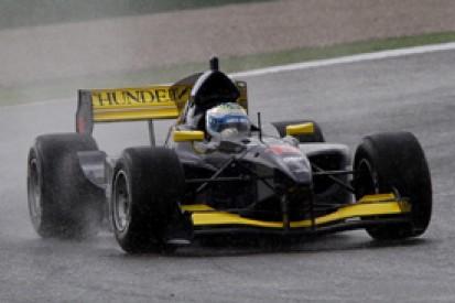Luca Filippi stays on top iin a rain-hit second practice in Valencia