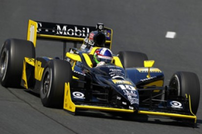 Dario Franchitti stays on top in second IndyCar practice at New Hampshire