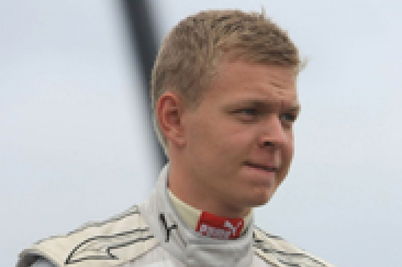 Kevin Magnussen moves to FR3.5 with Carlin for 2012