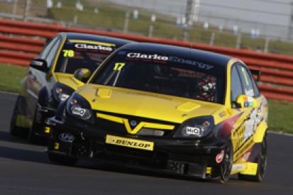 Dave Newsham tops Silverstone BTCC test for ES Vauxhall squad