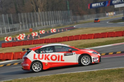 Gabriele Tarquini puts SEAT on Monza World Touring Car pole