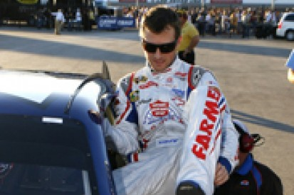 Kasey Kahne takes first NASCAR Sprint Cup pole with Hendrick at Las Vegas