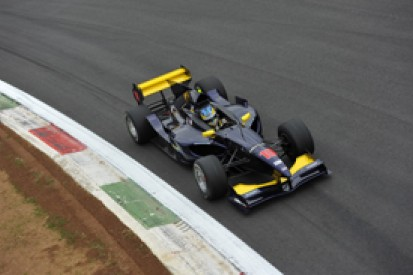 Adrian Quaife-Hobbs takes pole for Auto GP debut at Monza