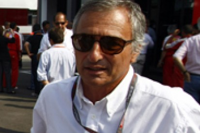 Riccardo Patrese urges Ferrari to give a young Italian an F1 race seat soon