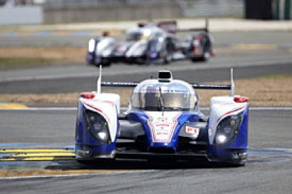 H5: Davidson suffers huge crash at le Mans, shortly after Dumas hits barriers